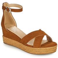 Chaussures Femme Sandales et Nu-pieds Bullboxer 268003F2T Marron