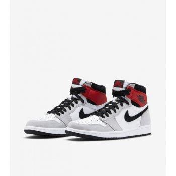 Chaussures Baskets montantes Nike Air Jordan 1 Light Smoke Grey White/Black-Light Smoke Grey-Varsity Red