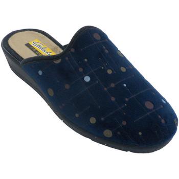 Chaussures Femme Chaussons Aguas Nuevas Pantoufles femme ouvertes par derrière à azul