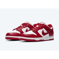 Chaussures Baskets basses Nike SB Dunk Low University Red White/University Red