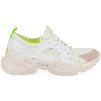 Chaussures Femme Baskets basses Chika 10 68945 WHITE