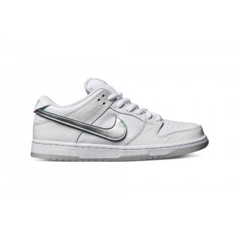 Chaussures Baskets basses Nike SB Dunk Low x Diamond Supply Co.