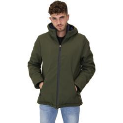 Vêtements Homme Coupes vent Invicta 4432410/U Vert