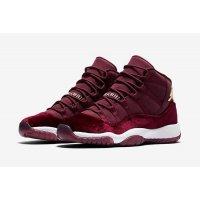 Chaussures Baskets montantes Nike Air Jordan XI Heiress Velvet Night Maroon/Metallic Gold-Night Maroon