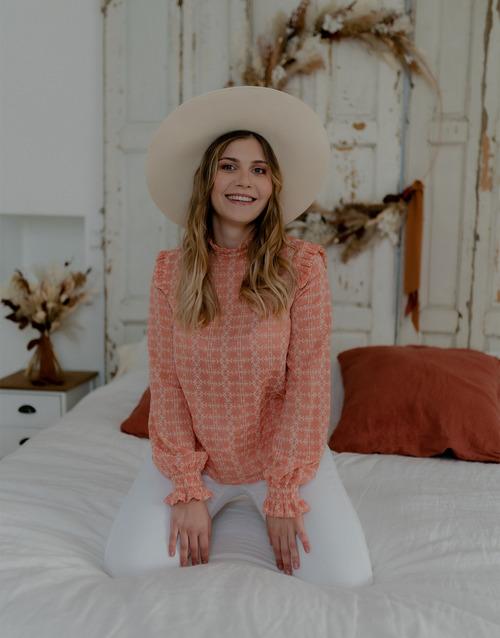 Vêtements Femme Tops / Blouses Céleste HIRONDELLE Rose