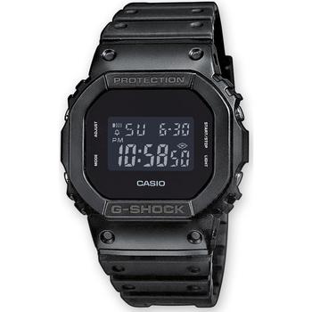 Montres & Bijoux Homme Montres Digitales Casio DW-5600BB-1ER, Quartz, 43mm, 20ATM Noir