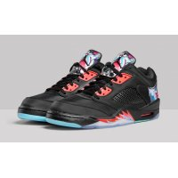 Chaussures Baskets basses Nike Air Jordan 5 Low China Black/Bright Crimson-Beta Blue-Black