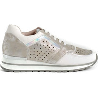 Chaussures Femme Baskets basses Funhouse F2121011 Blanc