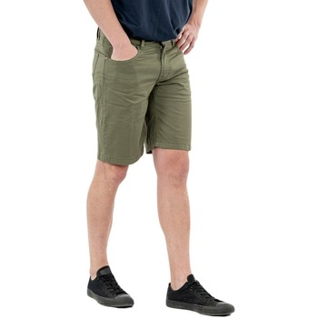 Vêtements Homme Shorts / Bermudas Serge Blanco serge o ber0205a 639 militaire vert