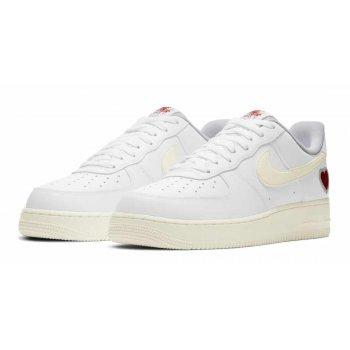 Chaussures Baskets basses Nike air jordan 1 retro high nouveau light bone White/Sail-University Red