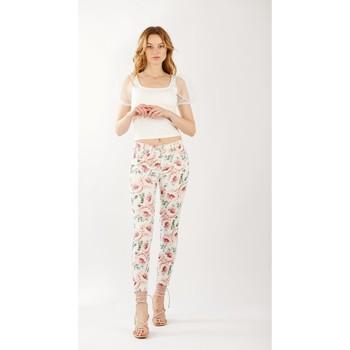 Vêtements Femme Pantalons Toxik3 Pantalon imprimé fleuri Blanc