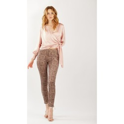 Vêtements Femme Chinos / Carrots Toxik3 Pantalon imprimé petits carreaux Maron