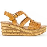 Chaussures Femme Sandales et Nu-pieds Gabor Sandales compensées cuir talon  compensé Marron