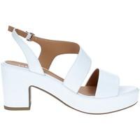 Chaussures Femme Sandales et Nu-pieds Tres Jolie 2661/G60 BLANC