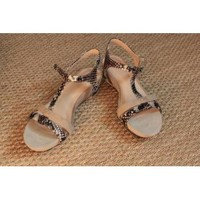 Chaussures Femme Sandales et Nu-pieds Coco & Abricot Nu-pieds Coco et abricot Beige