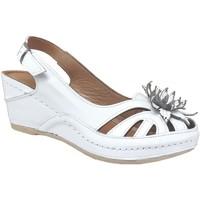 Chaussures Femme Sandales et Nu-pieds Karyoka Fleur Blanc cuir