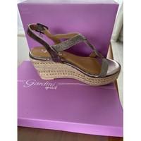 Chaussures Femme Sandales et Nu-pieds Gardenia Sandales compensées Argenté