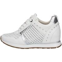 Chaussures Femme Baskets basses Carmela 67740 BLANC