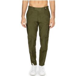 Vêtements Homme Pantalons cargo Myths  27-verdone