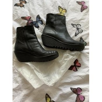 Chaussures Femme Bottines Fly London Bottines Fly London Yeni Noir