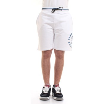 Vêtements Homme Shorts / Bermudas Aeronautica Militare 211BE109F419 Bermudes homme Blanc