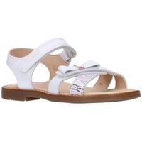 Chaussures Fille Sandales et Nu-pieds Pablosky 095107 Niña Blanco blanc