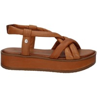 Chaussures Femme Sandales et Nu-pieds Carmela 67837 Marron