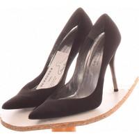 Chaussures Femme Escarpins Stuart Weitzman Paire D'escarpins  39 Noir