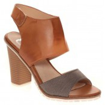 Chaussures Femme Sandales et Nu-pieds Cassis Côte D'azur Escarpins Nacido Marron