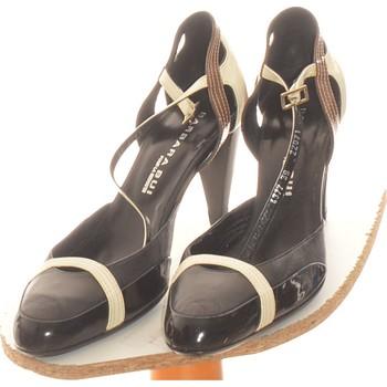 Chaussures Femme Escarpins Barbara Bui Paire D'escarpins  39 Noir