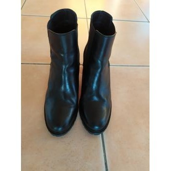 Chaussures Femme Boots Minelli Boots Minelli PAPETE taille 39 comme neuves Noir