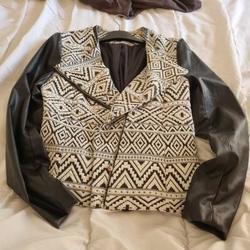Vêtements Femme Blousons Mosquitos Veste noire et blanche Multicolore