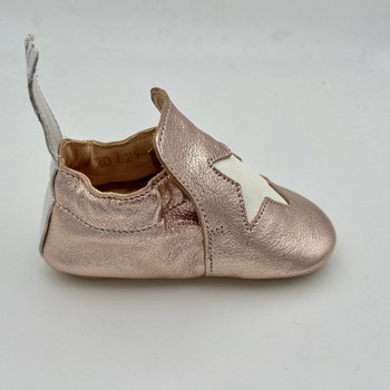 Chaussures Fille Chaussons bébés Easy Peasy BLUBLU ETOILE CHAUSSON CUIR Rose