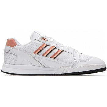 Chaussures Homme Fitness / Training adidas Originals EE5398 AR Trainer Blanc