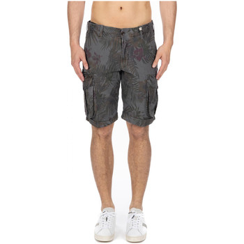 Vêtements Homme Shorts / Bermudas Myths  34