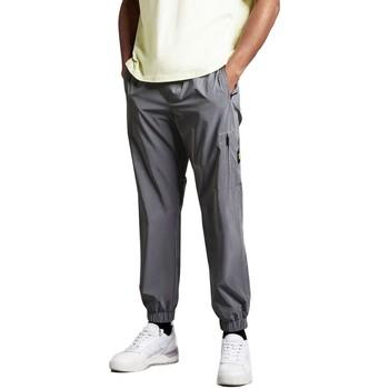 Vêtements Homme Pantalons cargo Lyle & Scott Pantalon de survtement rflchissant argent Gris