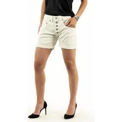 Vêtements Femme Shorts / Bermudas Please p88a cv9n3n 1125 madreperla beige