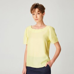 Vêtements Femme T-shirts manches courtes Smart & Joy Caïmite Jaune clair