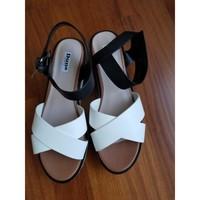 Chaussures Femme Sandales et Nu-pieds Dune London Sandales noir et blanc Multicolore