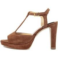 Chaussures Femme Sandales et Nu-pieds Fashion Attitude  Marrone