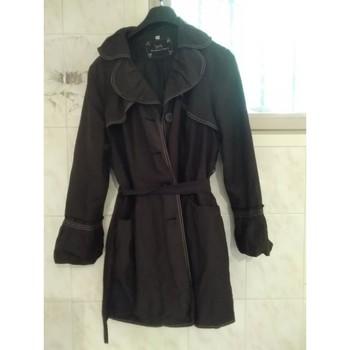 Vêtements Femme Trenchs Armand Thiery Vente d'un Trench Noir