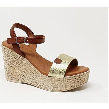 Chaussures Femme Sandales et Nu-pieds Eva Frutos SANDALE CUERO GRABADO ORO Marron