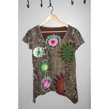Vêtements Femme T-shirts manches courtes Desigual Tee-shirt Desigual manches courtes motifs python taille L Multicolore