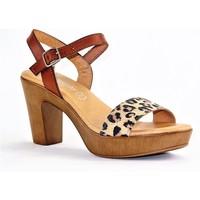 Chaussures Femme Sandales et Nu-pieds Eva Frutos 5890 LEOPARD BEIGE CAMEL