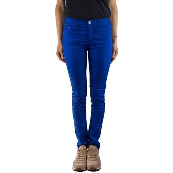 Vêtements Femme Chinos / Carrots Armani jeans A5J28DR bluette