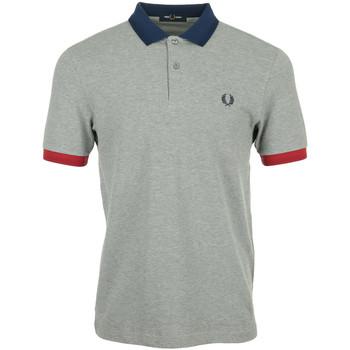 Vêtements Homme Polos manches courtes Fred Perry Contrast Trim Polo Shirt gris