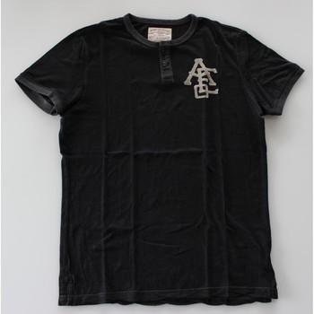 Vêtements Homme T-shirts manches courtes American Eagle T-shirt American Eagle Noir