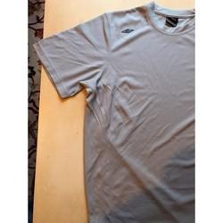 Vêtements Homme T-shirts manches courtes Umbro Tee-shirt à manches courtes gris Umbro - Taille L Gris