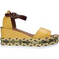 Chaussures Femme Sandales et Nu-pieds Bueno Shoes 21WQ6000 Jaune