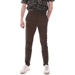 Vêtements Homme Chinos / Carrots Antony Morato MMTR00580 FA800142 Vert